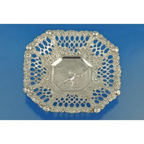 2 вазочки серебро 800 пробы Путти